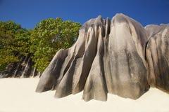 Απότομοι βράχοι στην πηγή D'Argent Anse Στοκ φωτογραφία με δικαίωμα ελεύθερης χρήσης
