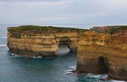 Απότομοι βράχοι στο μεγάλο ωκεάνιο δρόμο Βικτώρια Αυστραλία φαραγγιών Ard λιμνών Στοκ φωτογραφίες με δικαίωμα ελεύθερης χρήσης