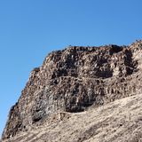 απότομοι βράχοι τραχιοί στοκ φωτογραφία με δικαίωμα ελεύθερης χρήσης