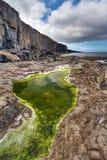 απότομοι βράχοι fanore κάτω Στοκ εικόνα με δικαίωμα ελεύθερης χρήσης