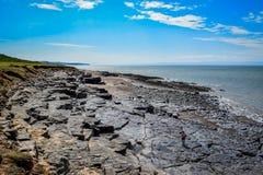 Απότομοι βράχοι Glamorgan κοντά σε Southerndown Στοκ φωτογραφία με δικαίωμα ελεύθερης χρήσης
