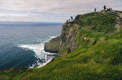 Απότομοι βράχοι Moher, ορόσημο της Ιρλανδίας Στοκ εικόνες με δικαίωμα ελεύθερης χρήσης