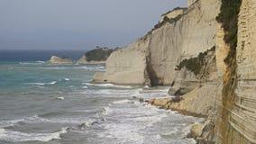 Απότομοι βράχοι Peroulades, Κέρκυρα, Ελλάδα Στοκ φωτογραφία με δικαίωμα ελεύθερης χρήσης