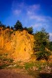 Απότομος απότομος βράχος προσώπου βράχου Στοκ φωτογραφίες με δικαίωμα ελεύθερης χρήσης
