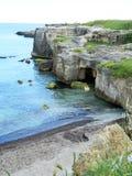 Απότομος βράχος και ωκεανός Στοκ Φωτογραφίες