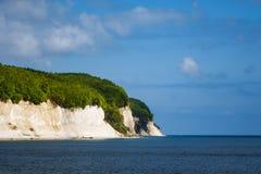 Απότομος βράχος κιμωλίας στο νησί Ruegen στη Γερμανία Στοκ Φωτογραφίες