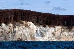 Απότομος βράχος κιμωλίας στο νησί Ruegen, Γερμανία Στοκ Εικόνες