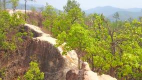 Απότομος απότομος βράχος πλίθας του φαραγγιού Pai, Ταϊλάνδη φιλμ μικρού μήκους