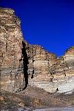 Απότομος βράχος στα δύσκολα βουνά στοκ εικόνες με δικαίωμα ελεύθερης χρήσης