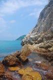 απότομος βράχος της παραλίας του Χογκ Κογκ Στοκ Εικόνες
