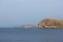 απότομος βράχος δύσκολ&omicron Στοκ εικόνες με δικαίωμα ελεύθερης χρήσης