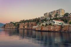 Απότομος βράχος Στοκ φωτογραφίες με δικαίωμα ελεύθερης χρήσης