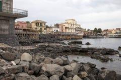 Απότομος βράχος Acireale Στοκ φωτογραφία με δικαίωμα ελεύθερης χρήσης