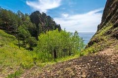 Απότομος βράχος Skriper κοντά στο χωριό Bolshie Koty Στοκ Εικόνες