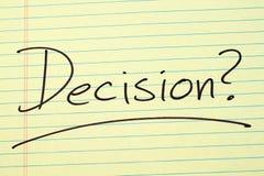 Απόφαση; Σε ένα κίτρινο νομικό μαξιλάρι Στοκ Εικόνες