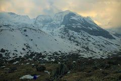Απόψεις από το άδυτο στρατόπεδων βάσεων Annapurna Στοκ Φωτογραφία