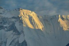Απόψεις από το άδυτο στρατόπεδων βάσεων Annapurna Στοκ Φωτογραφίες