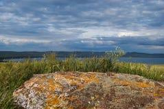 Απόψεις της λίμνης Shira Στοκ Εικόνες