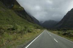 Απόψεις των βουνών και των βράχων της Νέας Ζηλανδίας δ Υ Στοκ εικόνες με δικαίωμα ελεύθερης χρήσης