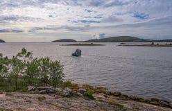 Απόψεις των νησιών του αρχιπελάγους του Kuzova Στοκ Εικόνες