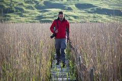 απόλαυση πέντε παλαιών φωτογραφιών φωτογράφων φύσης που παίρνουν το έτος Στοκ Εικόνες