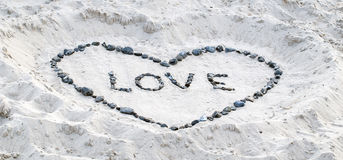 Απόδειξη αγάπης στην άμμο Στοκ φωτογραφία με δικαίωμα ελεύθερης χρήσης