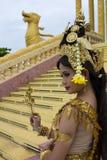 Απόδοση χορευτών Apsara στο ναό Στοκ εικόνα με δικαίωμα ελεύθερης χρήσης