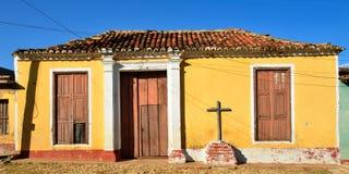 Από τα αποικιακά υπολείμματα για τα ισπανικά κτήρια στην Κούβα στην πόλη του Τρινιδάδ Στοκ Εικόνα