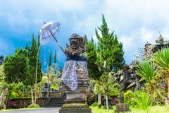 Από το Μπαλί άγαλμα Θεών στο ναό σύνθετο, Μπαλί, Ινδονησία Στοκ Εικόνες