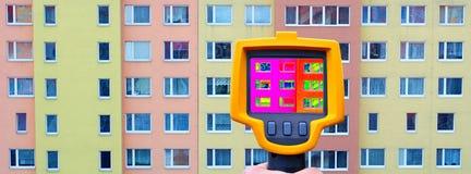 Απώλεια θερμότητας προσόψεων οικοδόμησης Στοκ Εικόνες