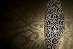 Αραβικά φω'τα με τις σκιές Στοκ φωτογραφία με δικαίωμα ελεύθερης χρήσης