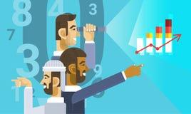 Αραβική ομάδα επιχειρησιακών ατόμων που παρουσιάζει έκθεση γραφικών παραστάσεων διαγραμμάτων χρηματοδότησης Στοκ εικόνες με δικαίωμα ελεύθερης χρήσης