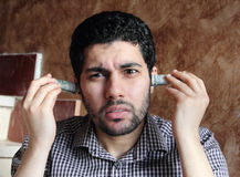 Αραβικός νέος επιχειρηματίας με τα χρήματα λογαριασμών δολαρίων Στοκ φωτογραφίες με δικαίωμα ελεύθερης χρήσης