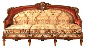 Αραβικός ξύλινος παλαιός χρυσός-κόκκινος καναπές Στοκ Φωτογραφία