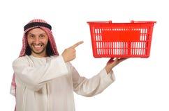 Αραβικό άτομο που κάνει τις αγορές που απομονώνονται στο λευκό Στοκ Εικόνες