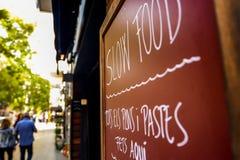 Αργό σημάδι τροφίμων στη Βαρκελώνη στοκ εικόνα