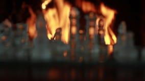 Αριθμοί γυαλιού σκακιού με το υπόβαθρο εστιών απόθεμα βίντεο
