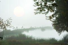Αριθμοί των ψαράδων στην ομίχλη Στοκ Φωτογραφίες