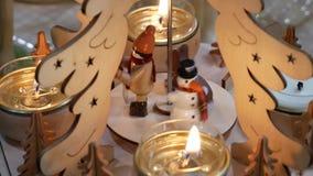Αριθμοί Χριστουγέννων με τα κεριά απόθεμα βίντεο