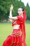 Αρκετά ασιατικός κινεζικός χορευτής κοιλιών Στοκ φωτογραφίες με δικαίωμα ελεύθερης χρήσης