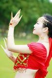 Αρκετά ασιατικός κινεζικός χορευτής κοιλιών Στοκ εικόνα με δικαίωμα ελεύθερης χρήσης