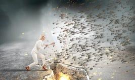 Αρκετά ισχυρός να το προκαλέσει Μικτά μέσα Στοκ Φωτογραφία