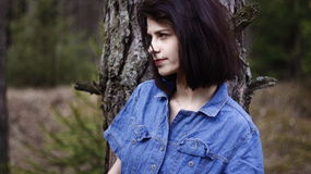 Αρκετά μόνο δάσος κοριτσιών Στοκ Φωτογραφίες
