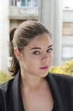 Αρκετά νέα γυναίκα στο μπαλκόνι Στοκ Εικόνες
