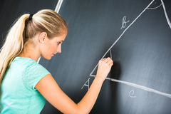 Αρκετά νέος δάσκαλος δημοτικών σχολείων/κολλεγίων Στοκ φωτογραφία με δικαίωμα ελεύθερης χρήσης