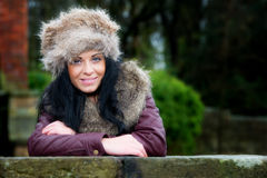 Αρκετά νέο θηλυκό υπαίθρια Στοκ φωτογραφία με δικαίωμα ελεύθερης χρήσης