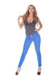 Αρκετά ξανθό πρότυπο στο τζιν παντελόνι Στοκ Φωτογραφίες