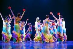 Αρκετά σύγχρονο χορεύοντας κορίτσι Στοκ εικόνα με δικαίωμα ελεύθερης χρήσης