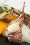 αρνί γευμάτων μπριζολών Στοκ φωτογραφία με δικαίωμα ελεύθερης χρήσης