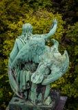 Αρπακτικό πτηνό και ο κύριός του Στοκ Φωτογραφία